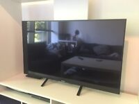 "Sony Bravia 49X850B 4K 49"" UHD LED 3D TV + Camera + 2 Remotes - Excellent Condition - RRP £999"