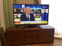 """50"""" LG SMART TV, Full HD & 3D ready, with NEXT walnut effect TV unit. £450 o.n.o"""