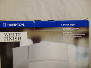 NEW IN THE BOX OUTDOOR PORCH LIGHT