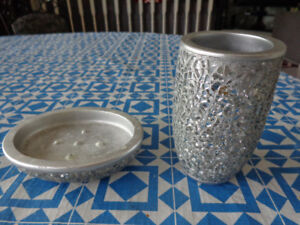 Like New Sparkle Soap Dish &cup