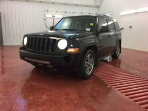 2009 Jeep Patriot Sport  - power mirrors - Heated Seats - $126.1