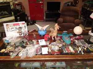 Large lot STAR WARS figures ships accessories
