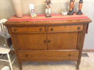 Antique dining table n hutch
