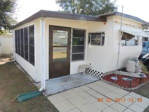 TRAVEL TRAILER ( ZEPHYRHILLS, FLORIDA )