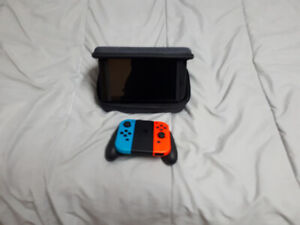 Nintendo Switch + Stand up Case