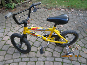 Children's bicycle in excellent condition  $30
