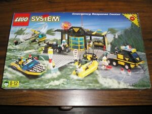 LEGO RES Q 6479 EMERGENCY RESPONSE CENTER COMPLETE SET