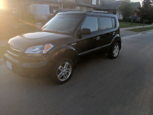 2010 kia soul 2U ( SAFETY INCLUDED)