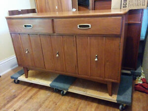 Mid Century Elm Buffet And Hutch