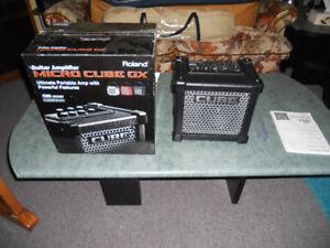 Amplificateur Roland Micro Cube GX  ( tuner intégré )