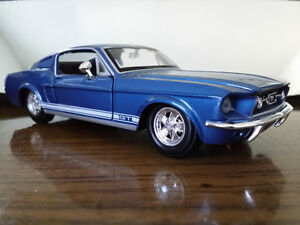 1967 Ford Mustang GT Diecast Scale 1/24