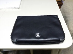 "13"" laptop cover/case/sleeve durable Crumpler brand"