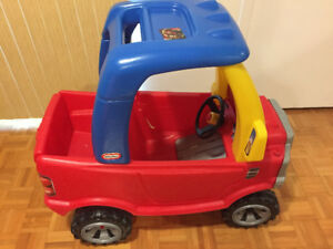 Cozy Truck- Little Tikes- like new