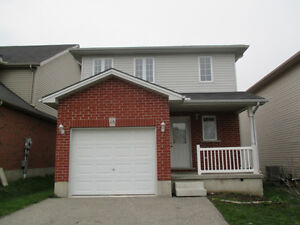 SPACIOUS 3 BEDROOM HOUSE FOR RENT IN WOODSTOCK | AVAILABLE MAY 1