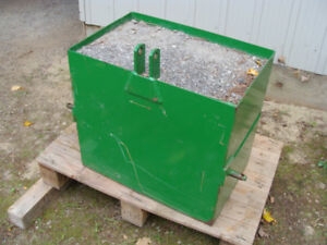 REDUCED!JOHN DEER BALLAST BOX,  WALCO  DUMP,  ENGINE LIFT