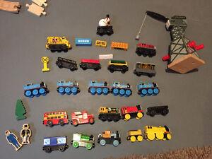 Thomas the Train c/w 1 set, Cranky the Crane and 25 trains