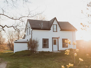 2.5 acres w/ house and barn for under 200k OPEN HOUSE May 28-29!
