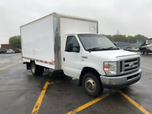 2012 Ford E-350 commerciale Fourgonnette, cube 14 pied