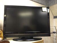 "Hitachi 32"" lcd TV HDMI free view USB scart ect"