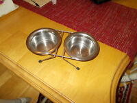 Stainless steel dog bowls on stand
