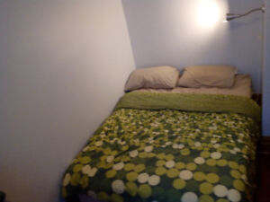 rent room temporary/chambre a louer marche atwater