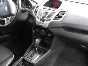 2011 FIESTA SES  HATCH  LEATHER  SUNROOF  LOADED  NO ACCIDENTS.. Windsor Region Ontario image 11