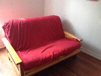 Futon canapé très confortable DOIT PARTIR AJD