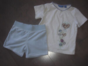 Girls 2 piece top by GREENDOG and shorts by RALPH LAUREN size 4T