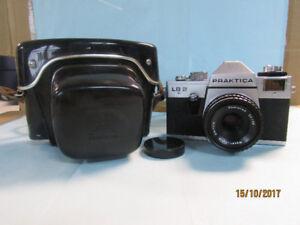 Caméra 35 mm Praktica LB2 et accessoires