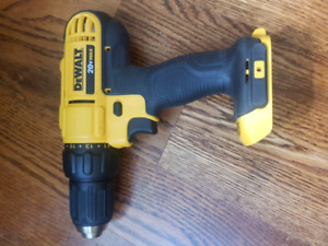 New dewalt drill TOOL ONLY