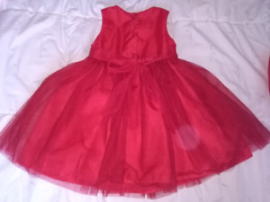 18 months baby girls red formal dress -18 mois robe rouge  bebe