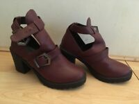 Burgundy cut out boot size 3