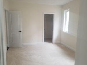 Furnished Room in new home near UFT (Scar). Move in July 1st