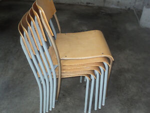 6 chaise empilable