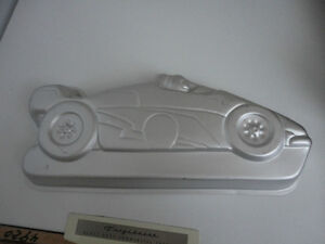 Race car cake pan