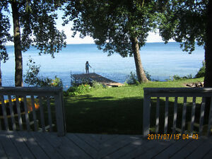 Water frond lake Simcoe Cottage 3 Bed 1 Bath