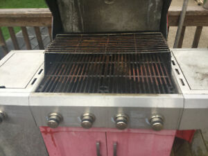 BBQ presidents choice made by Weber works on nat gas and propane