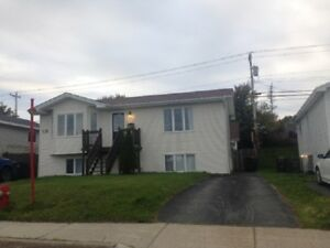 79 A Carlisle Dr Paradise - One Bed Furnished Avail Now