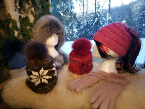 High Quality Pompom Hat Beanie BeSheep Gloves & Mittens Real Fur