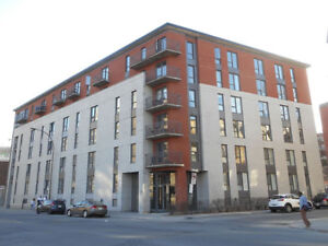 Condo in the heart of the Quartier des Spectacles, downtown