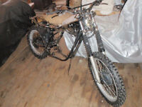 Yamaha Enduro DT250 Rolling chassis for parts