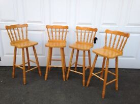 4 Pine Breakfast Bar Stools