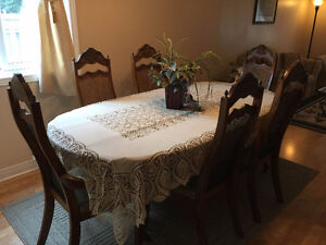 Moving Sale: Dining table and 6 chairs with hutch