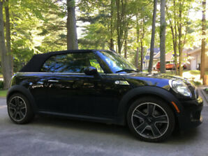 2009 MANUAL MINI COOPER S CONVERTIBLE    NEVER WINTER DRIVEN