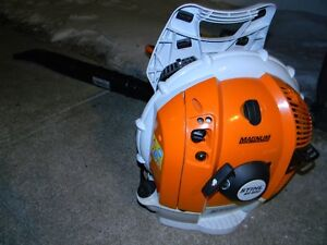 Sthil BR 600 back pack blower used once like new condtion