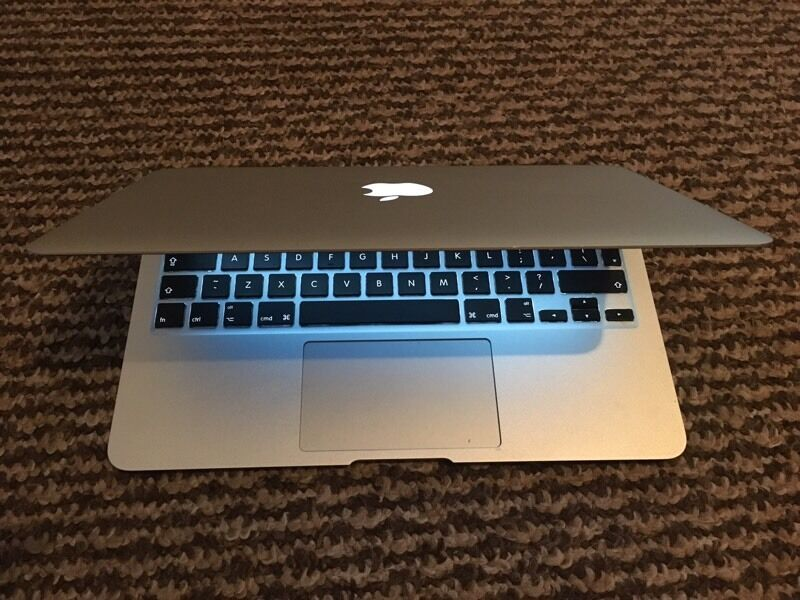 """MacBook Air 11"""" i5 processor 4gb ram 128ssd Best MacBook Ive usedin South Shields, Tyne and WearGumtree - MacBook Air 11"""" i5 processor 4gb ram 128ssd Best MacBook Air Ive had Super light and slim but just as quick as any other MacBook Ive usedComes with power/chargerIn good fully working orderTry before you buy..No time waster or daft offersCash only on..."""