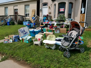Yard Sale at 133 Elgin St.- until 2pm TODAY