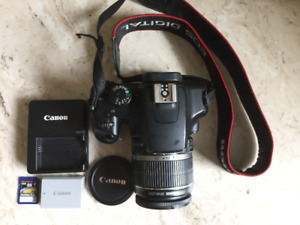 Selling my CANON REBEL XS