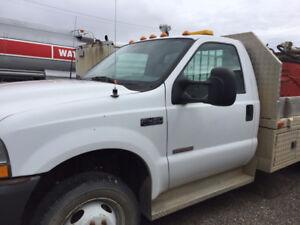 2003 Ford F-450 XL Pickup Truck