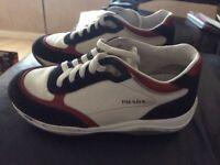 Boys genuine Prada shoes eur27 uk9